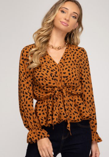 LONG SLEEVE WOVEN CHEETAH PRINT TOP WITH FRONT TIE DETAIL