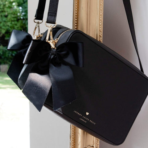 black-bag-crossbody-vegan-leather-beatrice-johnny-loves-rosie-accessories