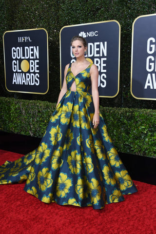 taylor-swift-golden-globes-fashion-red-carpet-award-show-2020