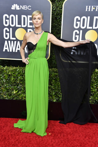 charlize-theron-golden-globes-red-carpet-fashion-awards-show-2020