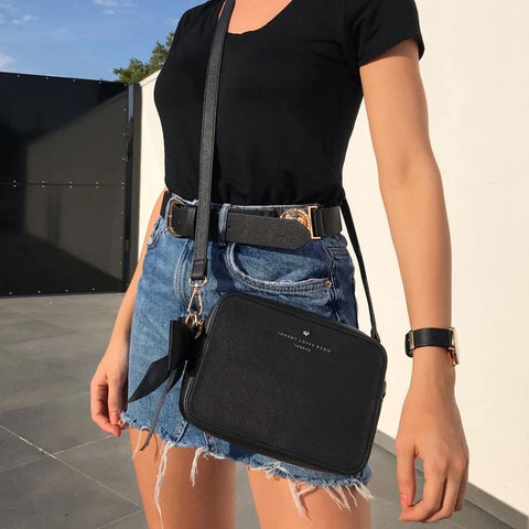 black-bag-crossbody-vegan-leather-mothers-day-carrie-johnny-loves-rosie-accessories