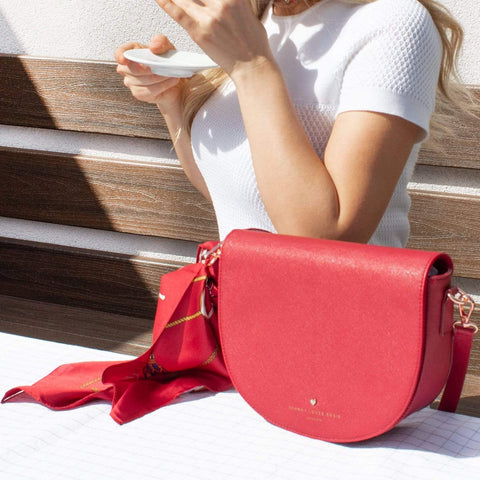 red-bag-crossbody-saddle-sadie-johnny-loves-rosie-accessories