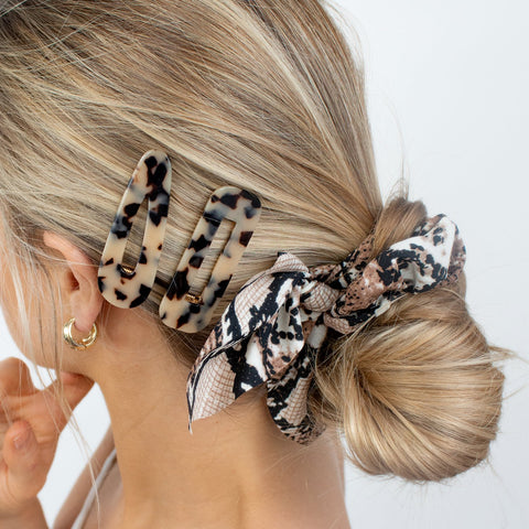 brown-hair-scrunchie-tie-snake-print-bow-darcey-johnny-loves-rosie-accessories