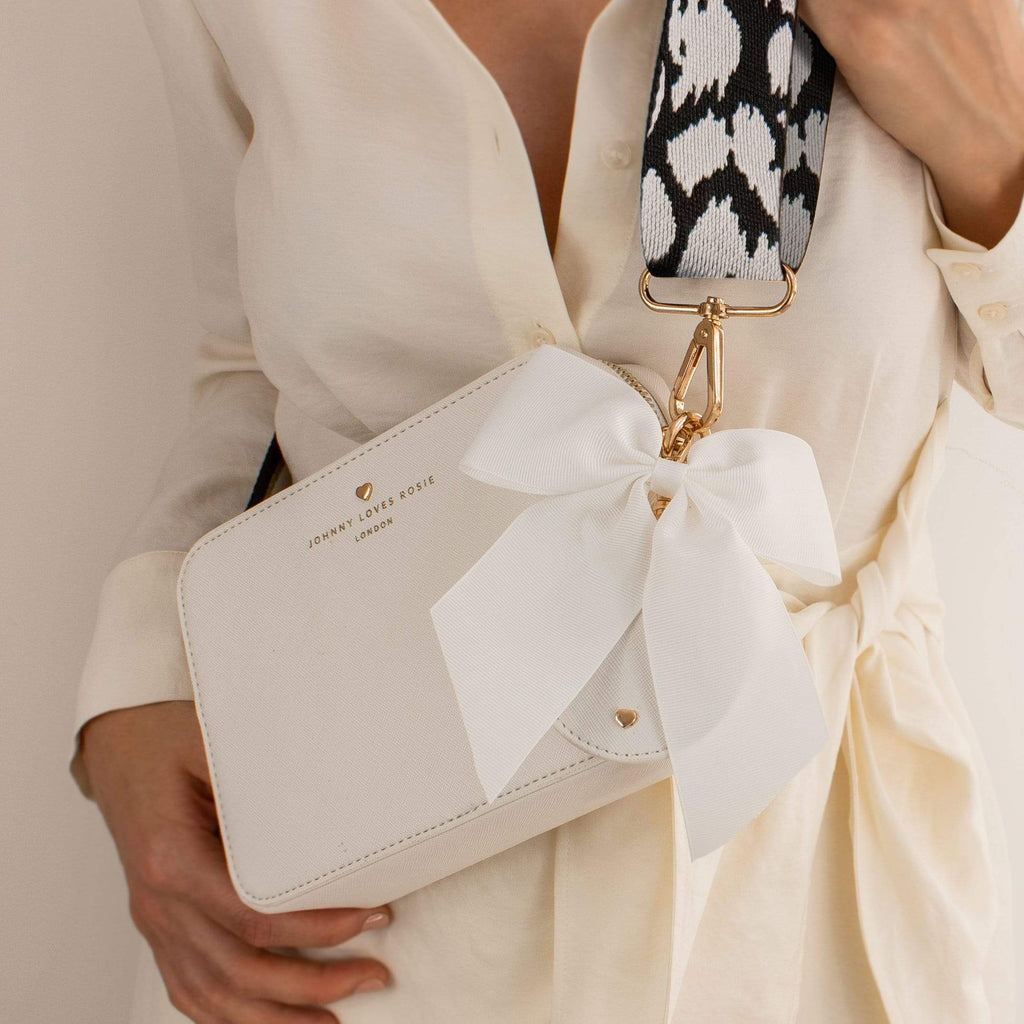 White Carrie Bag Set
