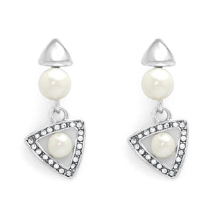 Triangular earrings with pearls