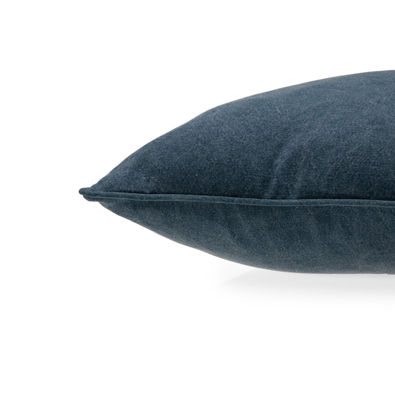 products/ReChic-recycled-cotton-stonewash-navy-blue-meden-cushion-45cm-close.jpg