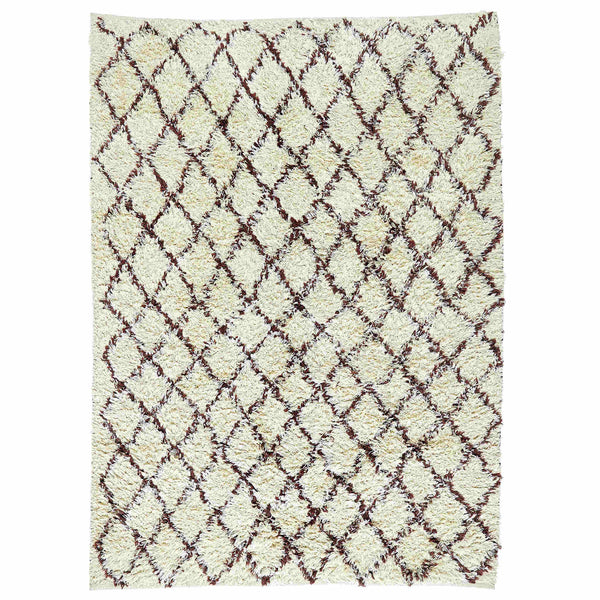Birds-eye view of ivory coloured shaggy rug with brown diamond pattern.  Made from eco friendly recycled plastic bottles.