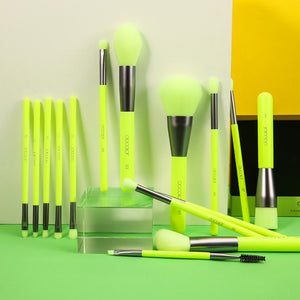 Neon Green - 15 Pieces Syenthetic Brush Set DOCOLOR OFFICIAL