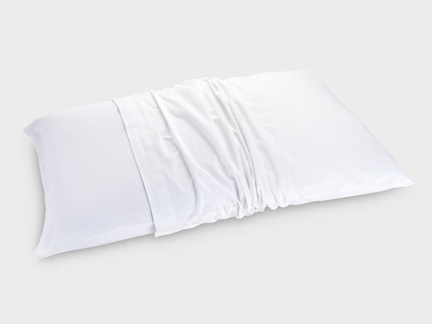 the temperature balancing pillow protector