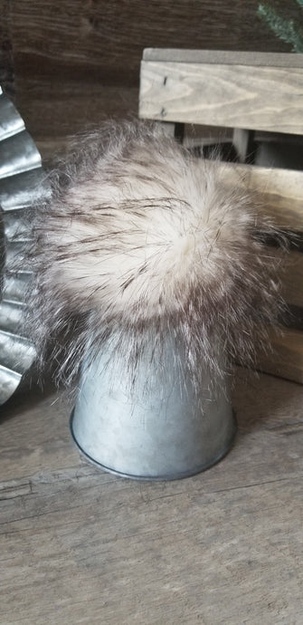Cream Feather Mink Pom
