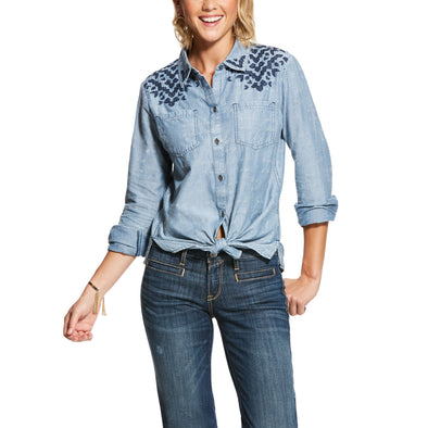 Women's Four Corners Shirt in Chambray, 10028385 Ariat