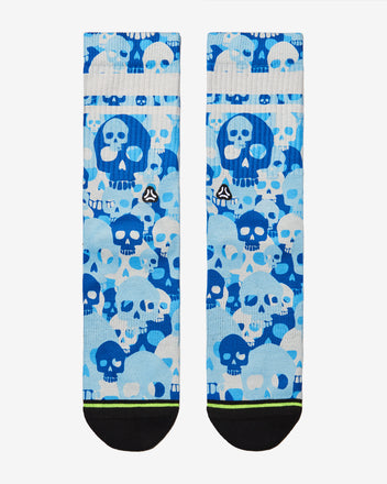 Load image into Gallery viewer, blue skull camo crossfit sports socks men women front