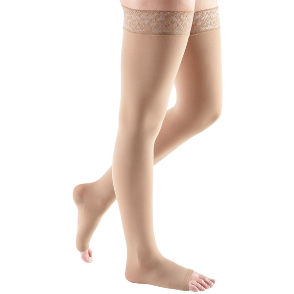mediven comfort, 20-30 mmHg, Thigh High with Lace Top-Band, Open Toe