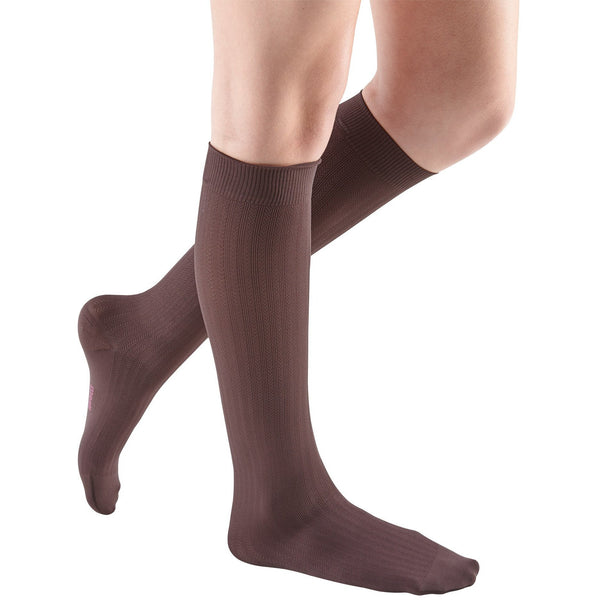mediven for women vitality, 20-30 mmHg, Calf High, Closed Toe