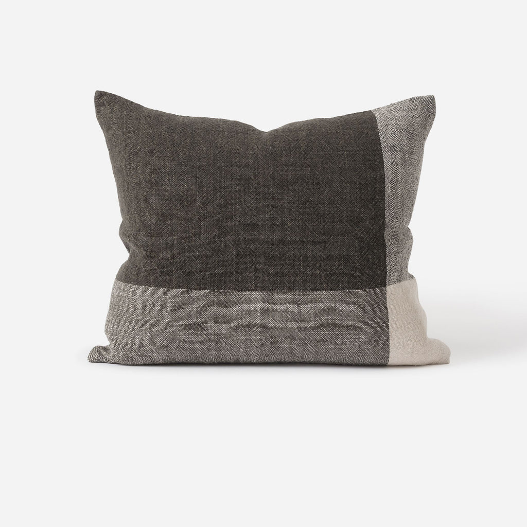 Chester Linen Cushion & Inner