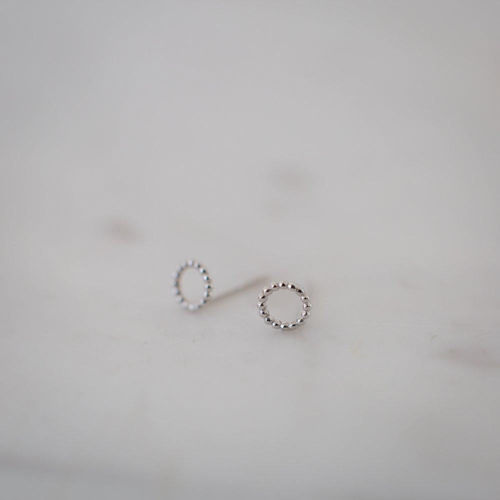 Dotty Oh Studs - Silver