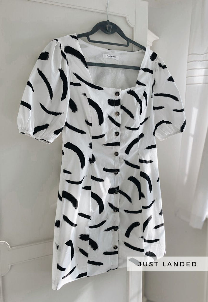Ada Mono Pattern Dress