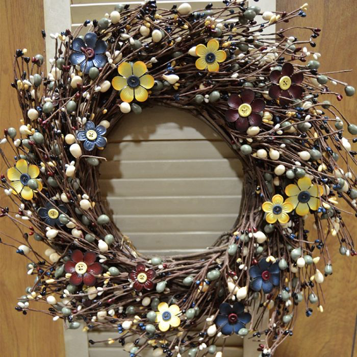 Button Center Metal Flower Wreath