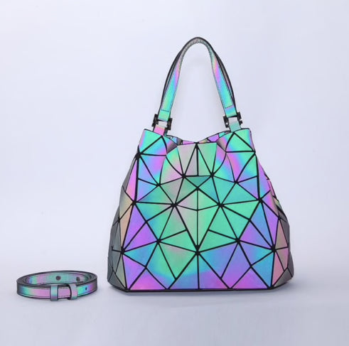 Geometric Holographic Handbag