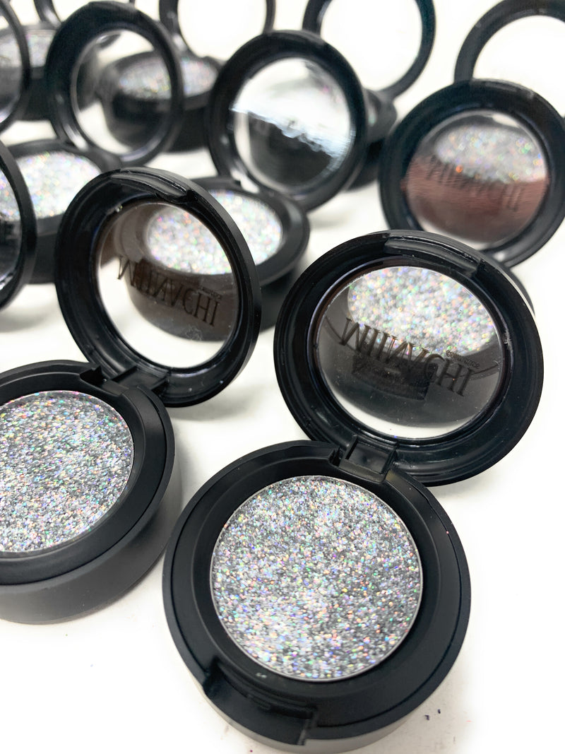 Single Pressed Glitter in the shade Diamond, No Glue Needed, In Compact, Pigmented, No Fall Out, Glitter, Cosmetic Grade Glitter