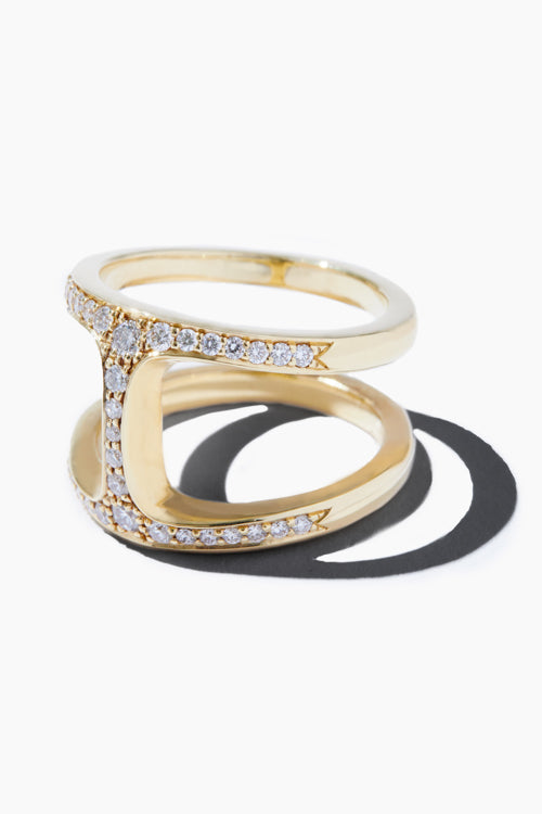 Dame Phantom With Diamonds Ring - Studio C
