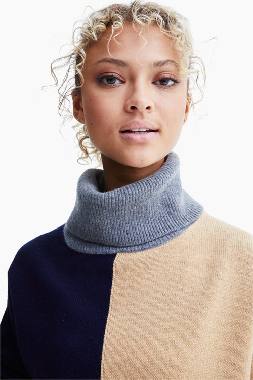 Claudia Turtleneck Wool Sweater - Studio C