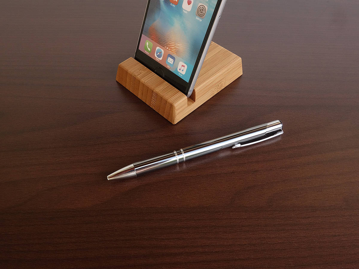 Bamboo iPhone Stand. Wood iPhone 6 7 8 X XS Stand