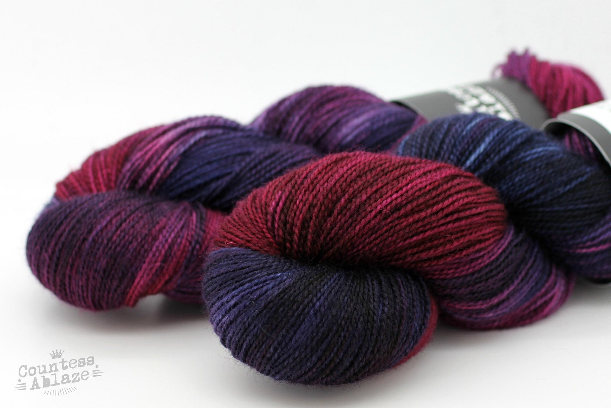 Colourway : Only When Invited | Countess Ablaze