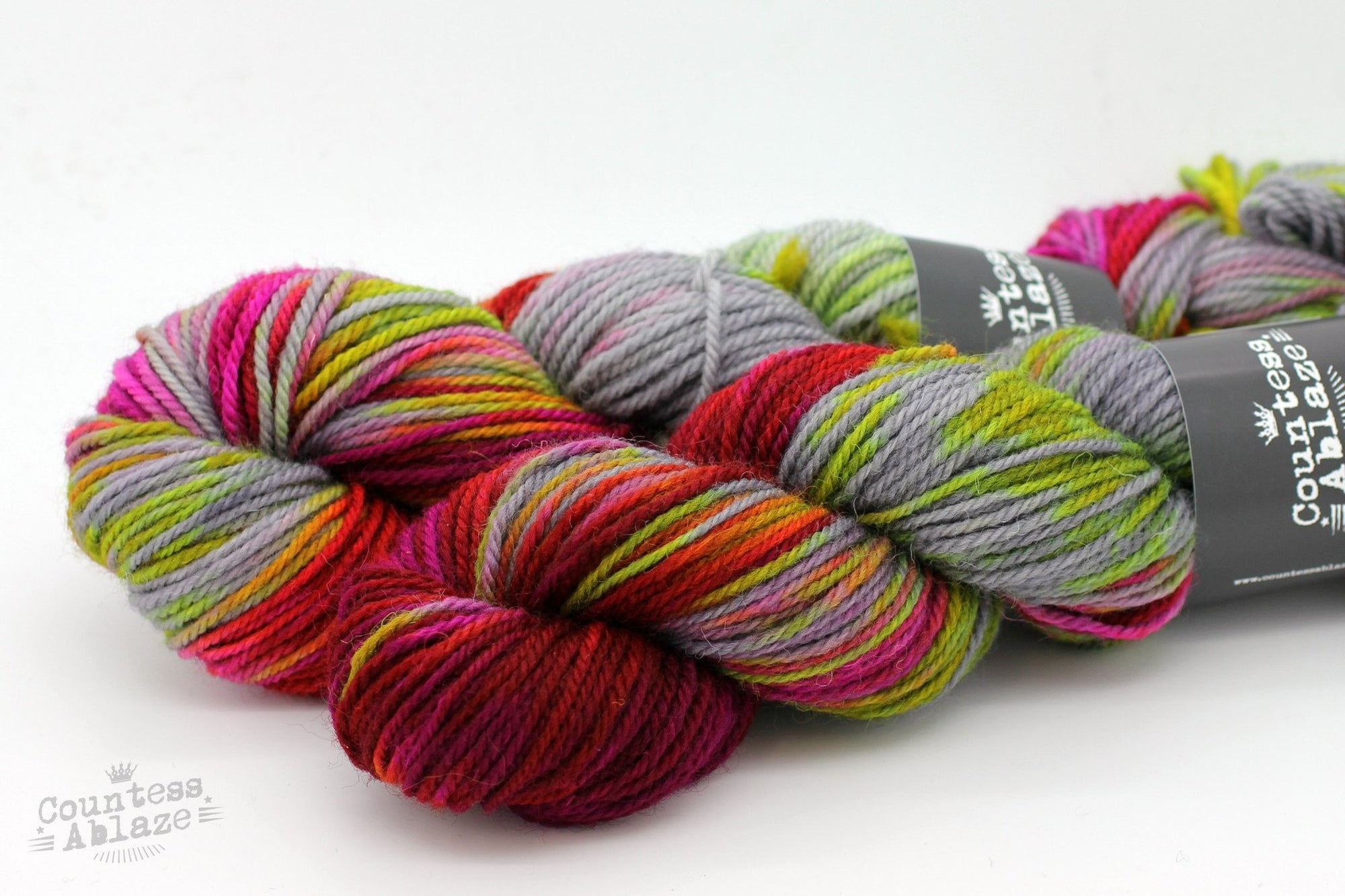Colourway : Stardust | Countess Ablaze