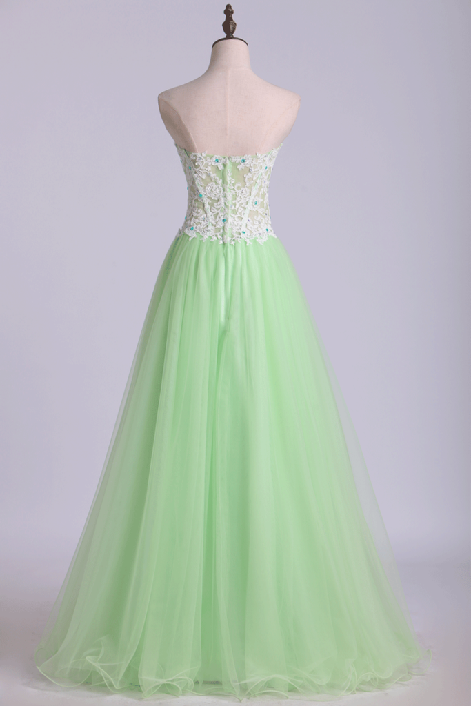 2021 Sweetheart Prom Dress A Line Tulle Skirt With White Applique &