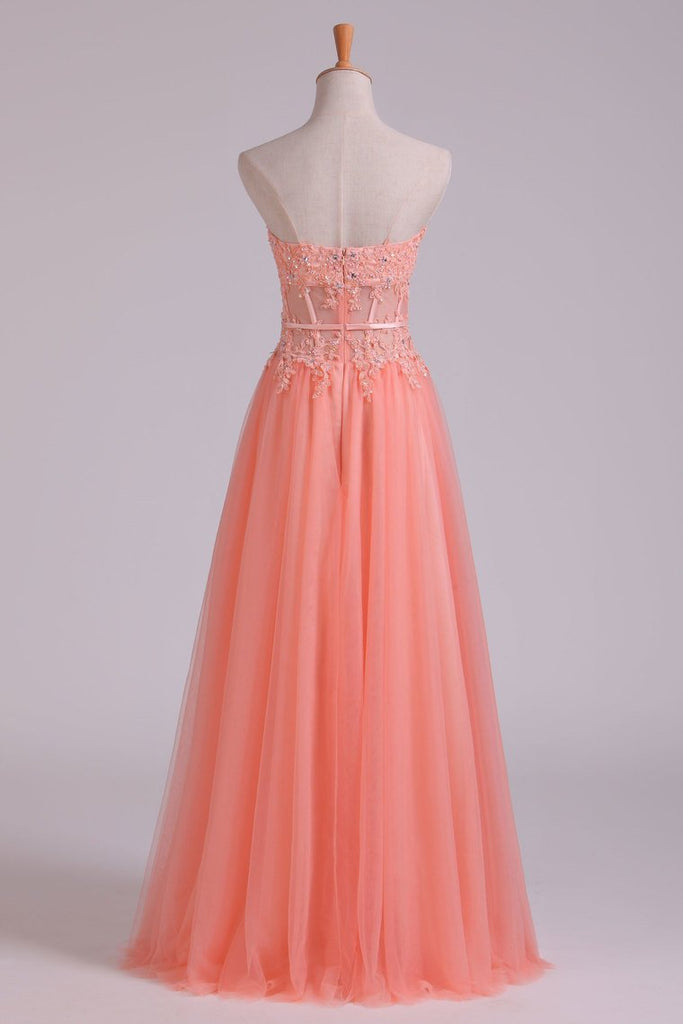New Arrival Strapless A Line Prom Dresses Tulle With Applique