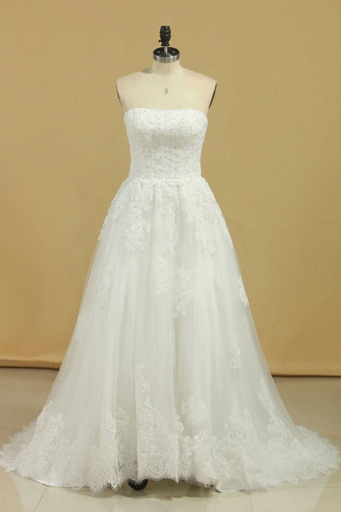 2019 Wedding Dresses Strapless Tulle With Applique A Line Court