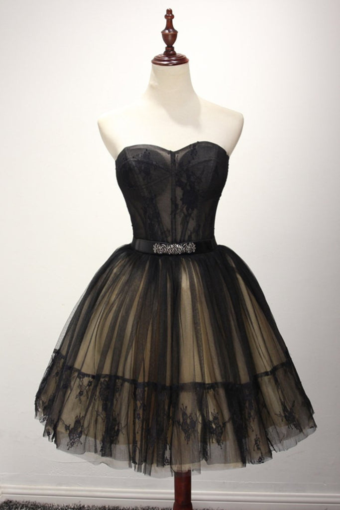 2021 A Line Homecoming Dresses Sweetheart Tulle With Applique And
