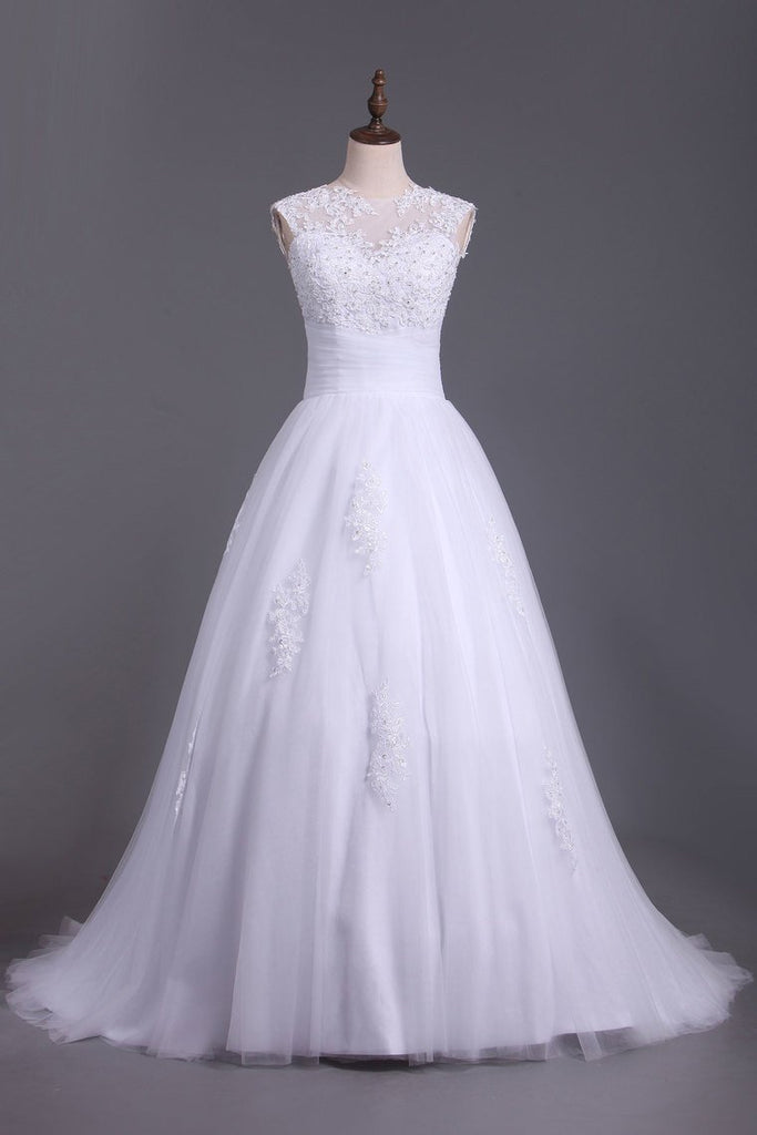 2021 Wedding Dresses A Line Open Back Scoop Tulle With Applique And