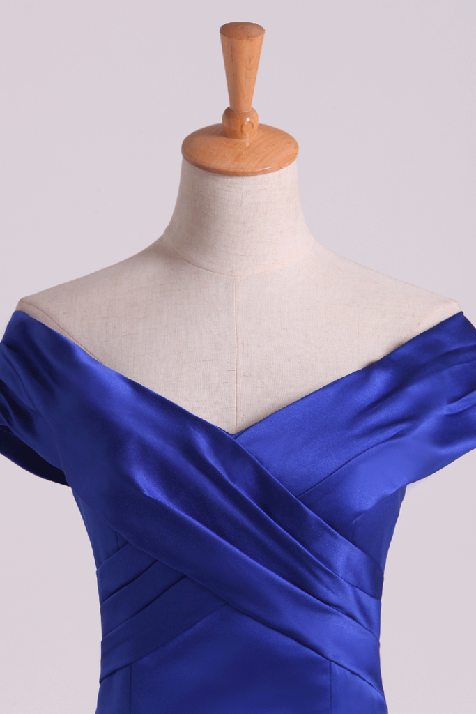 2019 Prom Dresses Off The Shoulder Satin Mermaid Dark Royal Blue Sweep Train