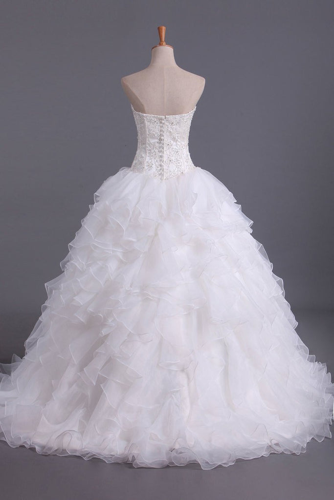 2021 Hot Wedding Dresses Sweetheart With Beads & Applique A Line Organza