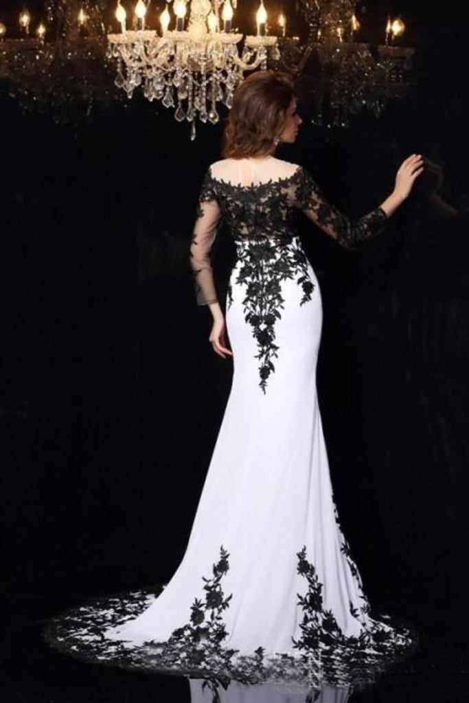 2021 Long Sleeves Prom Dresses Boat Neck Spandex With Applique Sweep Train