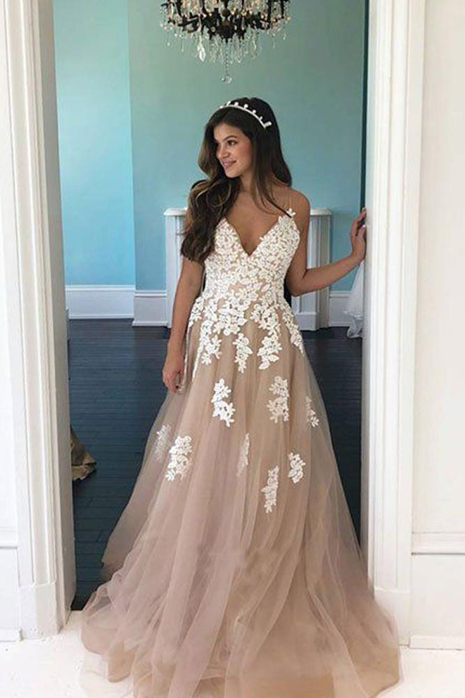 Elegant A Line V Neck Open Back Spaghetti Straps Tulle Prom Dresses with Lace Appliques