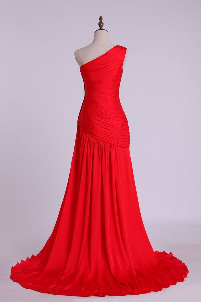 2019 One Shoulder Pleated And Fitted Bodice Prom Dress Pick Up Shirred Skirt Court Train