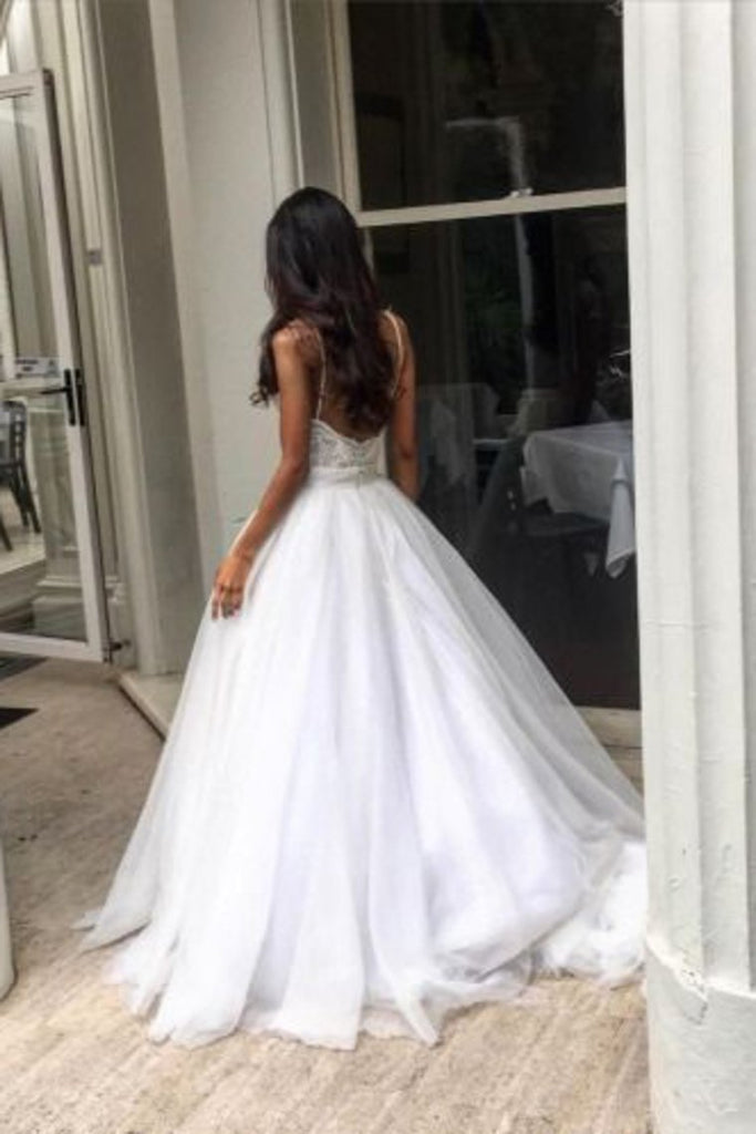 2019 Wedding Dresses Spaghetti Straps Tulle With Applique A Line Open