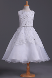 2021 Bateau A Line Flower Girl Dresses With Applique & Beads Tulle