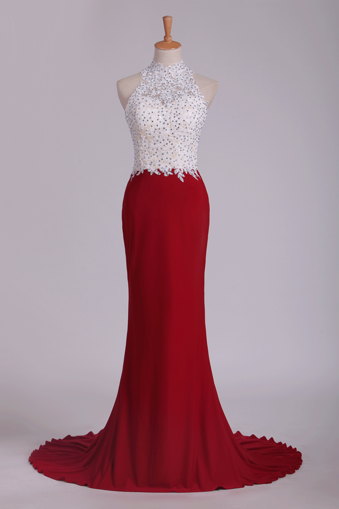 2019 High Neck Sheath Spandex Prom Dresses With Applique And Beads Open Back
