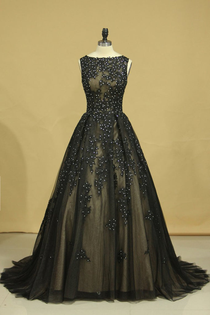 2019 Black Sexy Bateau  A-Line Prom Gown Sweep Train With Beads & Applique