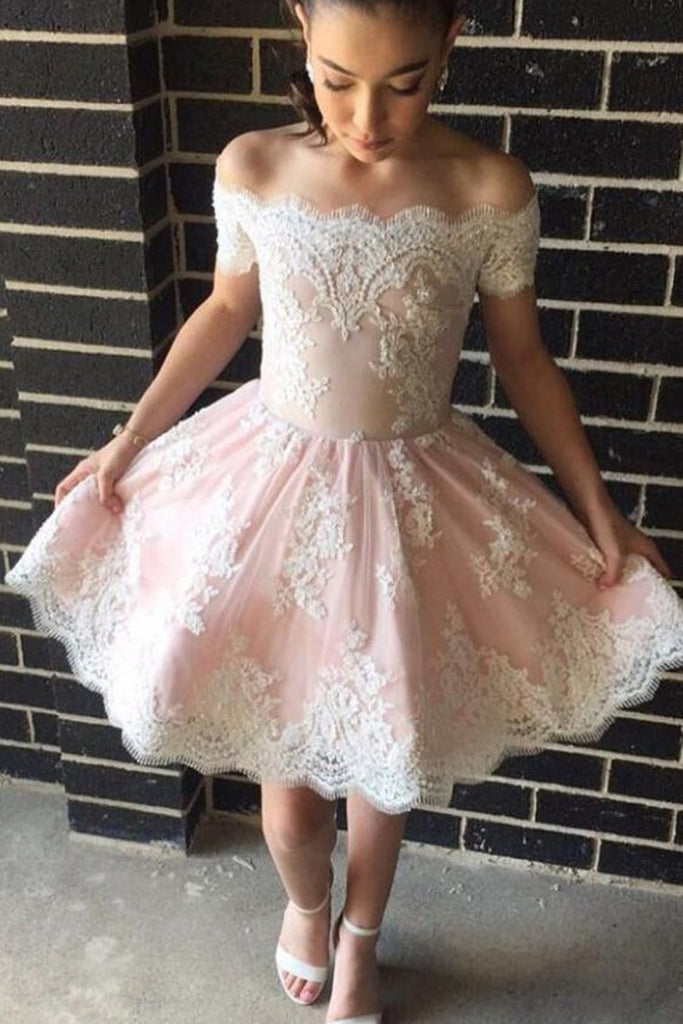 2019 Homecoming Dresses Boat Neck Tulle With Applique Short/Mini A