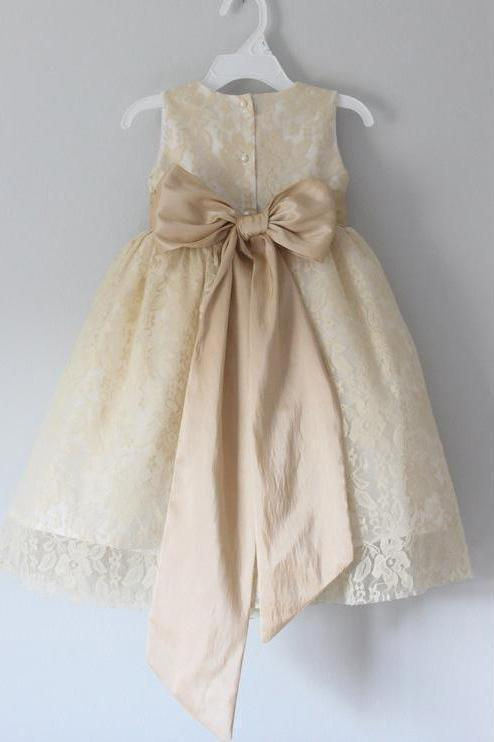 Princess A Line Lace Scoop with Bow Cheap Rustic Flower Girl Dresses