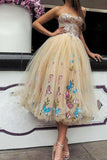 Elegant Strapless Sweetheart Appliques Tulle Tea Length Prom Dresses