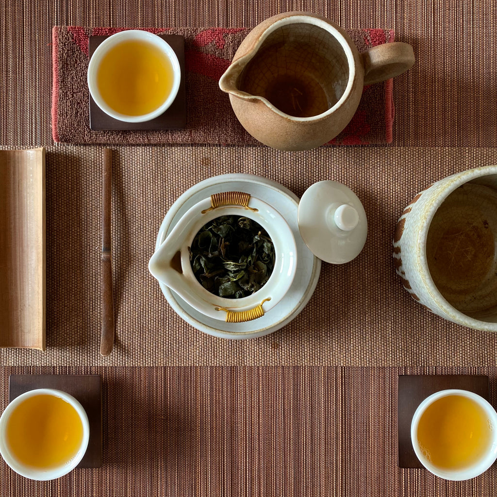Traditional Dong Ding Oolong Tea gongfu brew