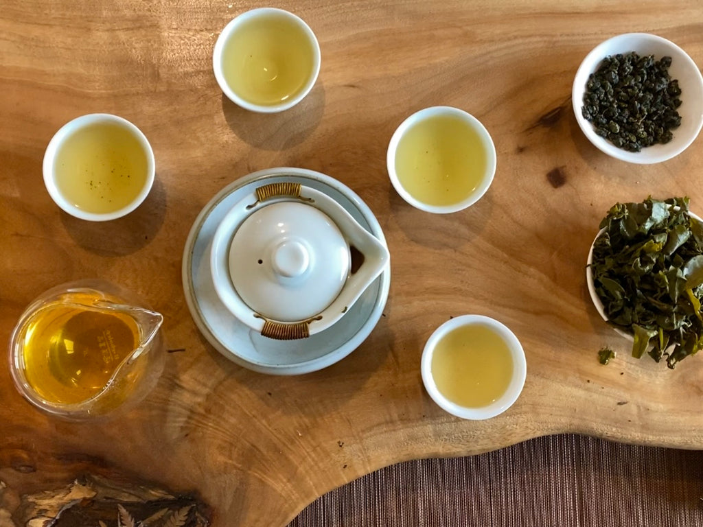 Organic Competition Grade Oolong Tea Gong Fu Brew