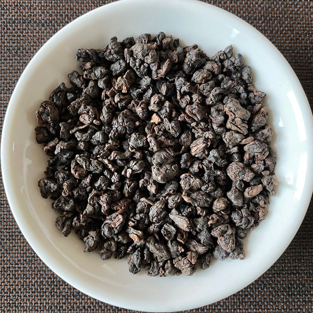 Heavy Roast Wuyi Oolong dried leaves