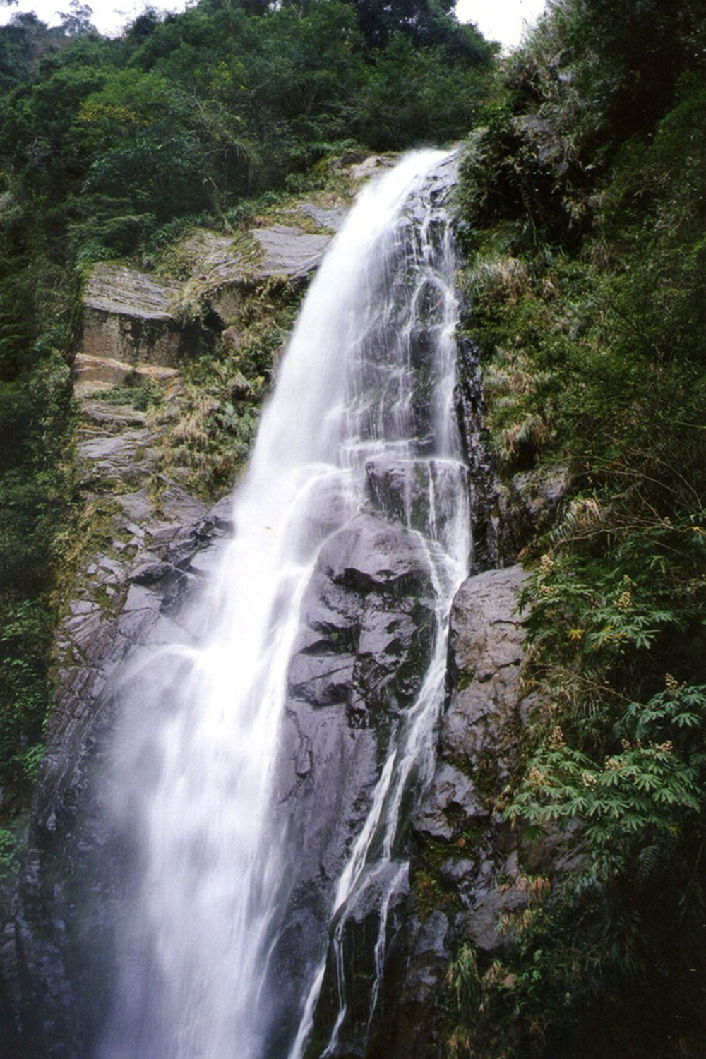 Maliguang Waterfall (馬里光瀑布), Yulao